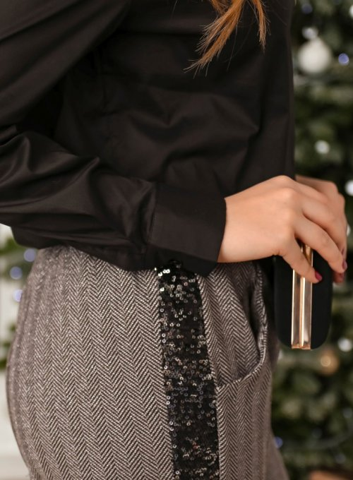 Spodnie z cekinowym lampasem 5