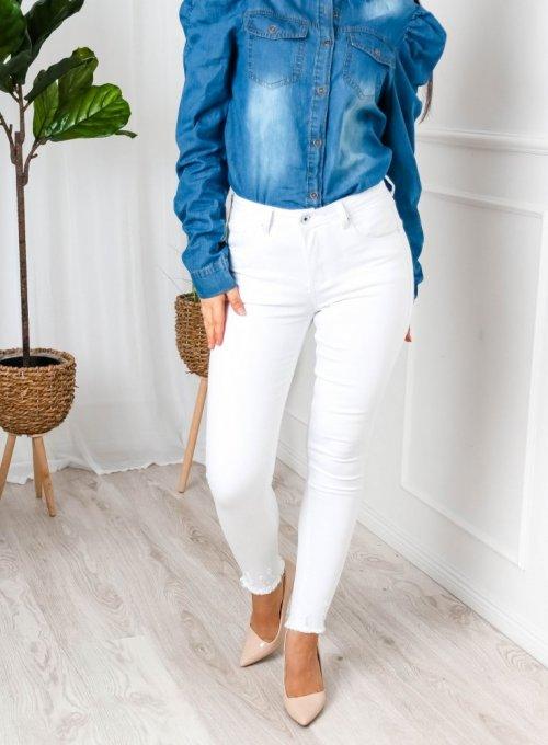 Białe spodnie jeans