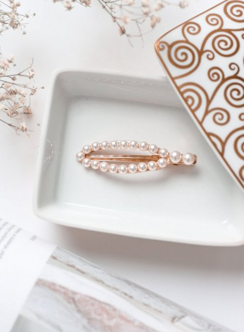 Spinka w kolorze złotym z dodatkami z imitacji perły #11