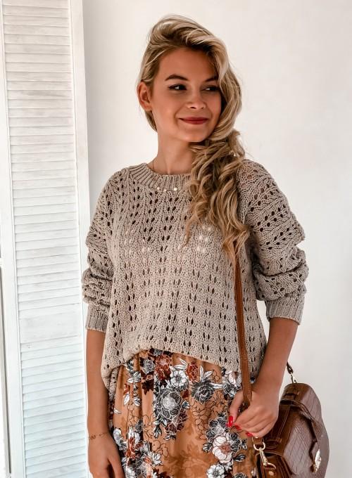Sweter Karmen beżowy