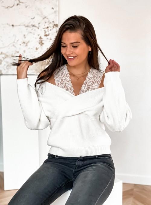Sweter Pandi śmietankowy