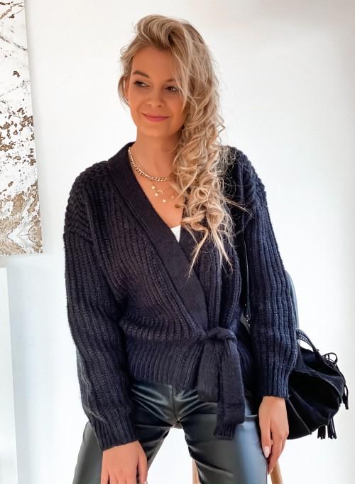 Wiązany sweter typu kardigan w kolorze czarnym