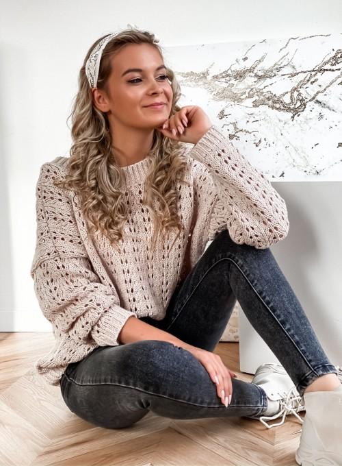 Sweter Karmen beżowy 1