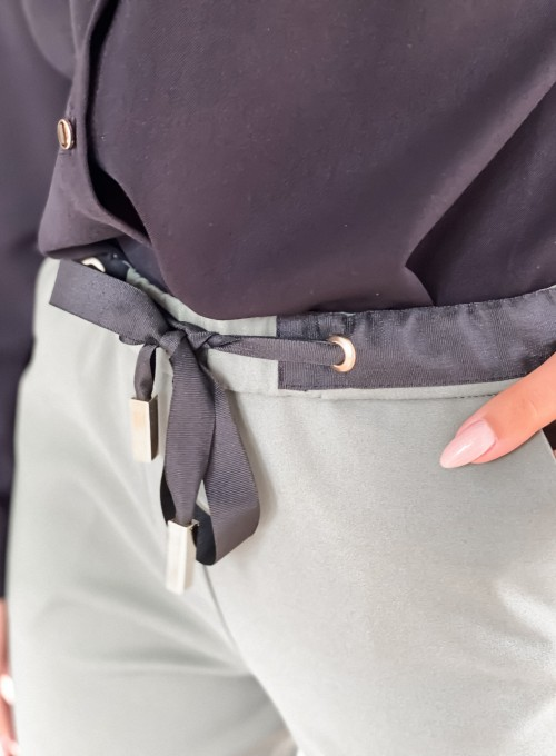 Spodnie Liverno khaki 2