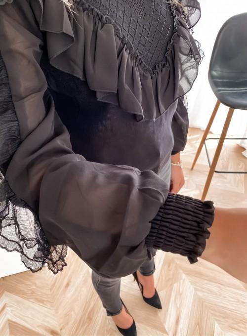 Bluzka z tiulowym rękawem czarna 3