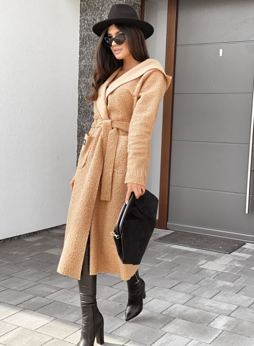 Płaszcz buklowy Lirene w kolorze Karmelowym 2