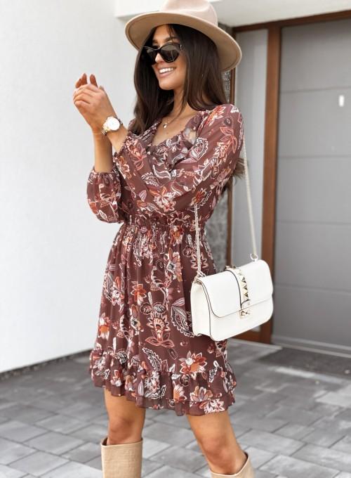 Sukienka z dekoltem i żabotem Nolle karmelowa 5