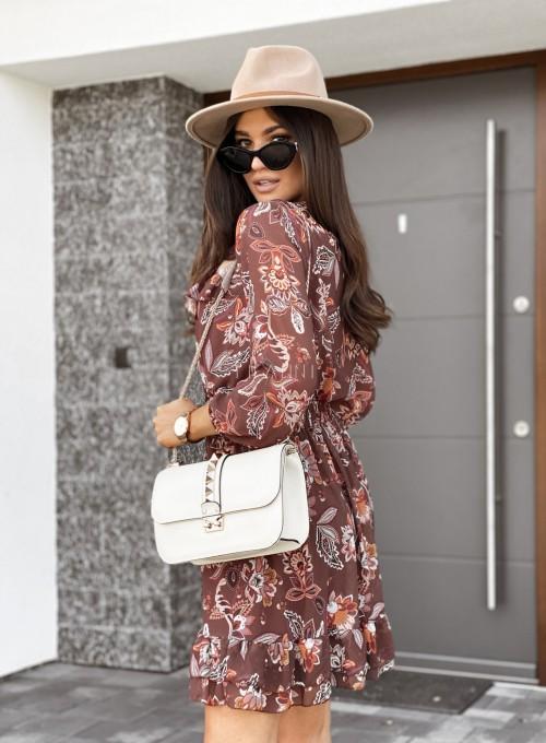 Sukienka z dekoltem i żabotem Nolle karmelowa 6