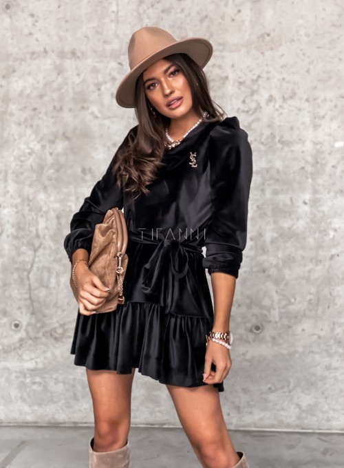 Welurowa czarna sukienka Princes 6