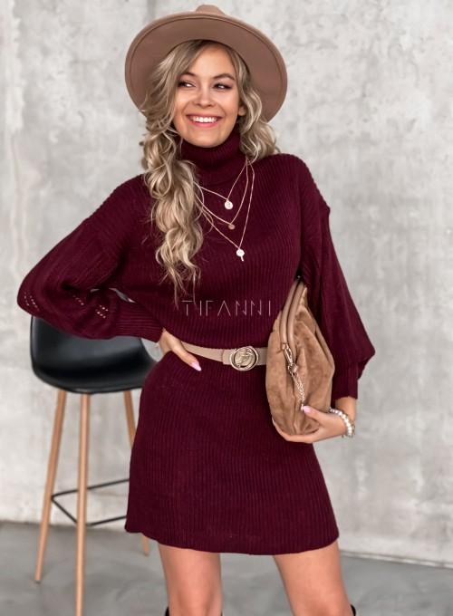 Swetrowa sukienka z golfem 2