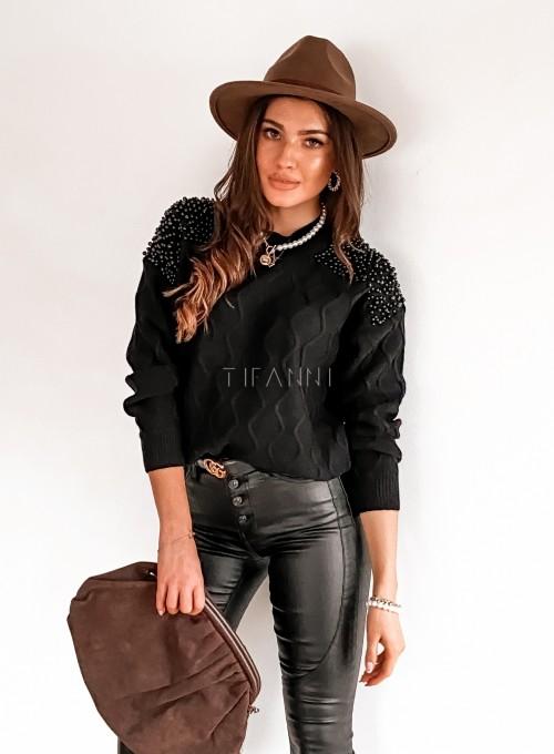 Sweter z perełkami na ramionach czarny 3