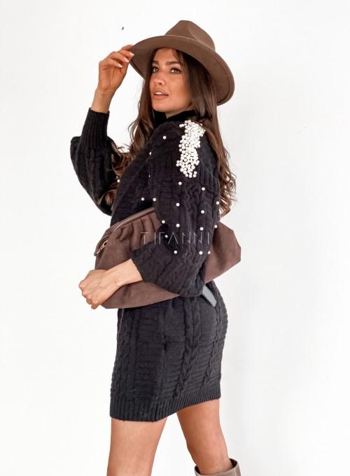 Sukienka swetrowa zdobiona perełkami czarna 6