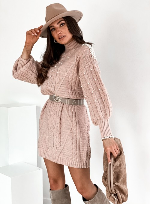 Sukienka swetrowa zdobiona perełkami pudrowa 6