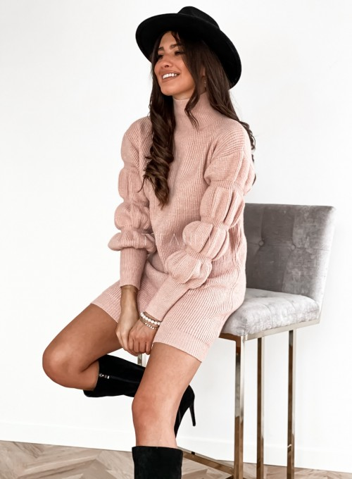 Sukienka swetrowa z golfem Alexa pudrowa 2