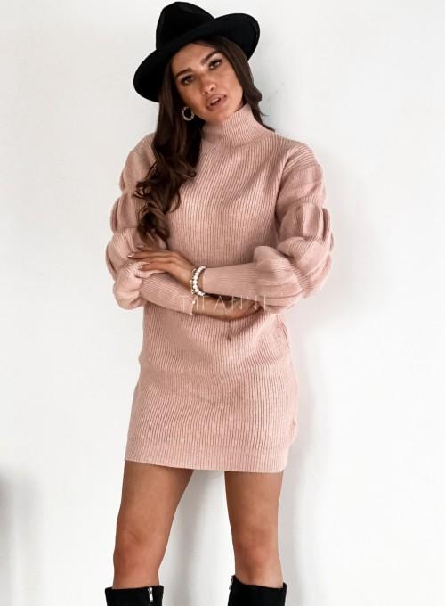Sukienka swetrowa z golfem Alexa pudrowa 5