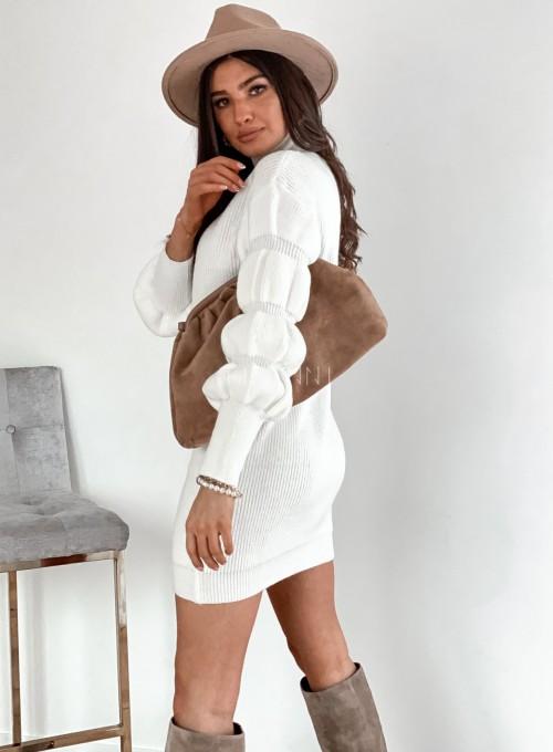 Sukienka swetrowa z golfem Alexa śmietankowa 6