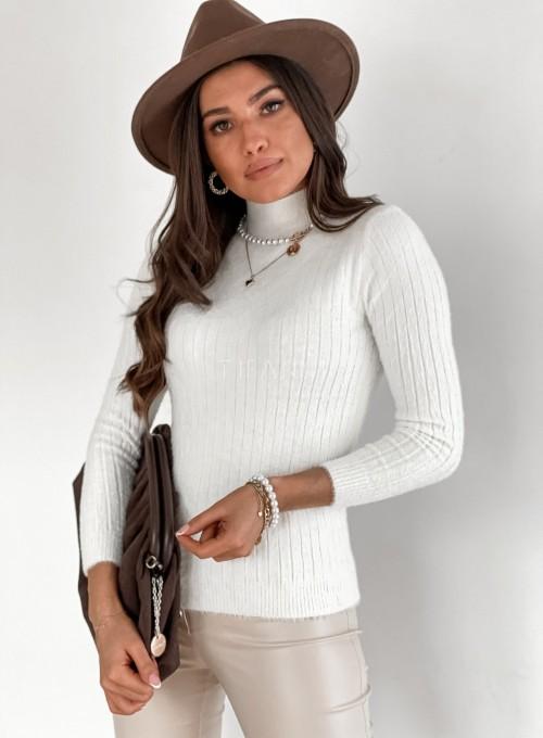 Sweter golf prążkowany śmietankowy 3