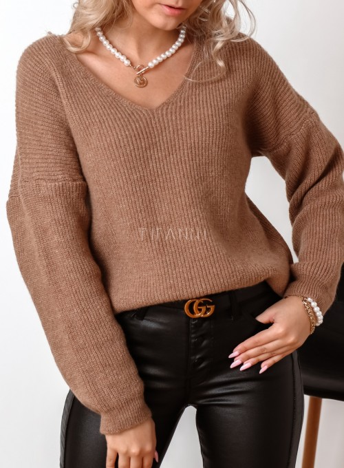 Sweter z dekoltem w serek Donni karmelowy 1