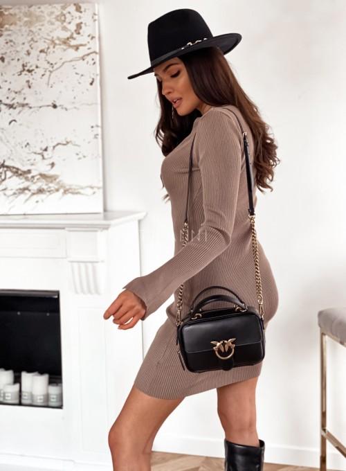 Sukienka Palio z ozdobnymi łańcuchem na szyi 6
