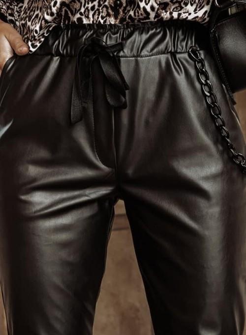 Woskowane spodnie Tonni czarne 4