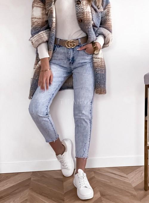 Spodnie jeansowe Mom Fit 4