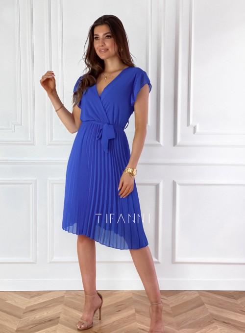 Zwiewna plisowana sukienka w kolorze chabrowym