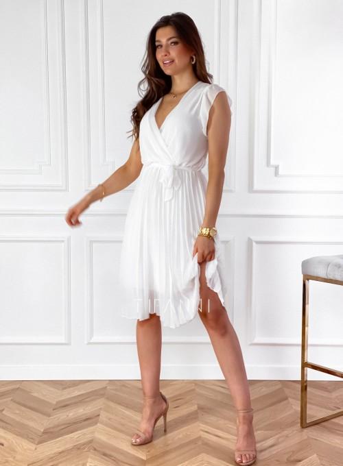 Zwiewna plisowana sukienka w kolorze śmietankowym 2