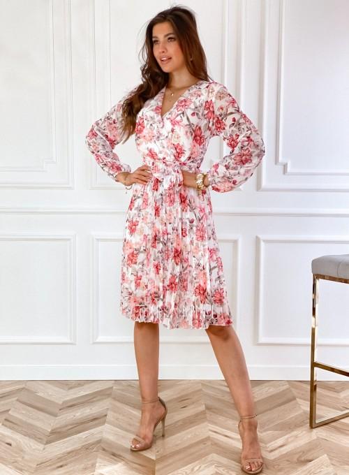 Sukienka z plisowanym odcinanym dołem 6