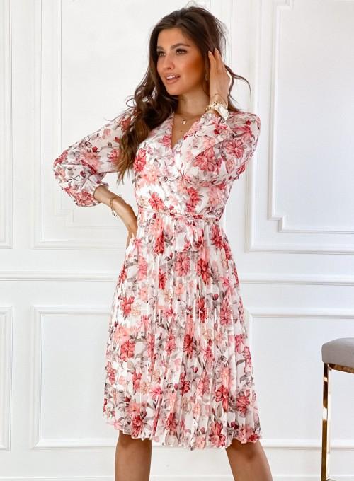 Sukienka z plisowanym odcinanym dołem 8