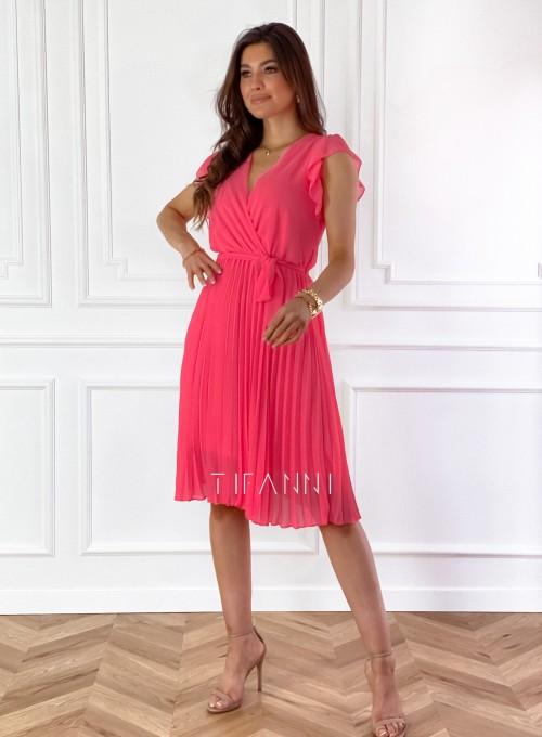 Zwiewna plisowana sukienka w kolorze koralowym