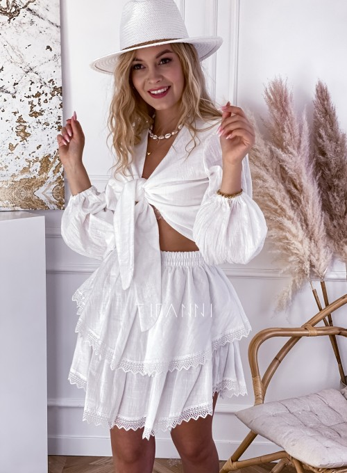 Komplet bluzka spódnica Vogue biały 3