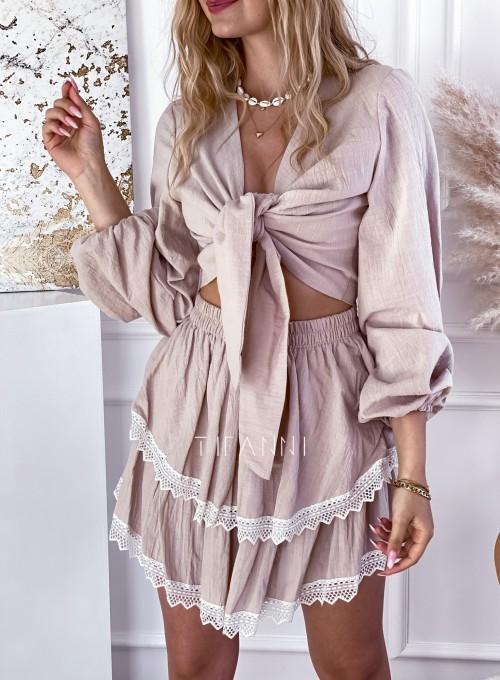 Komplet bluzka spódnica Vogue beżowy 1
