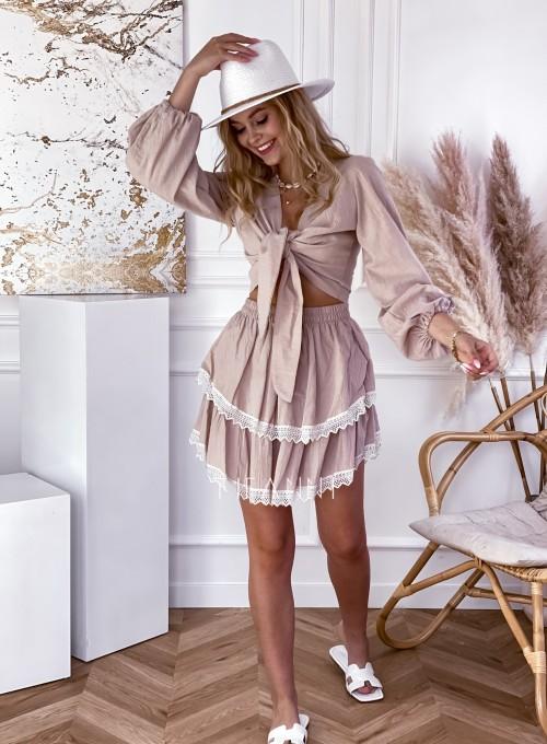 Komplet bluzka spódnica Vogue beżowy 5