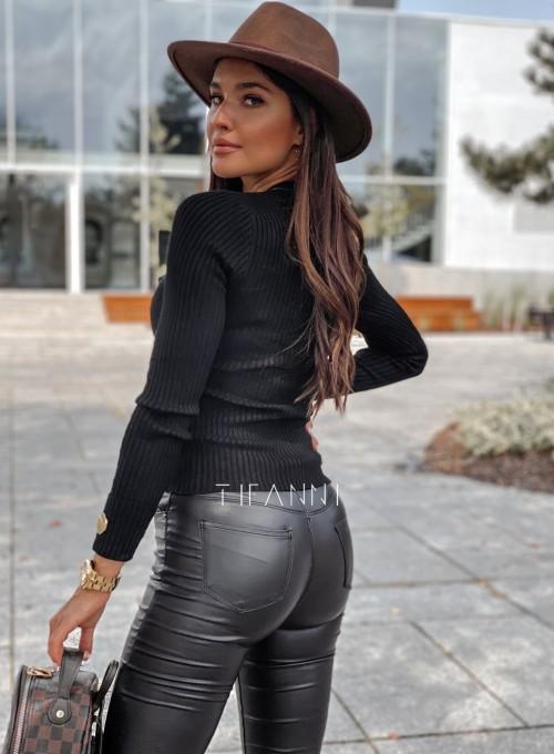 Bluzka Hellen w kolorze czarnym 3