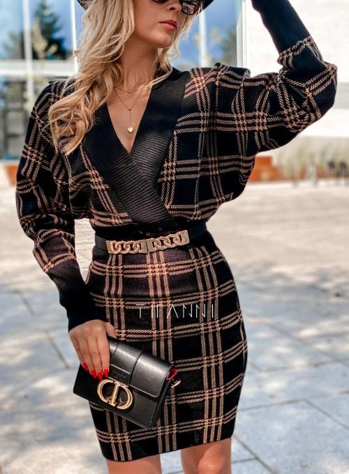 Dzianinowa sukienka Ximi czarna w karmelową kratę 1