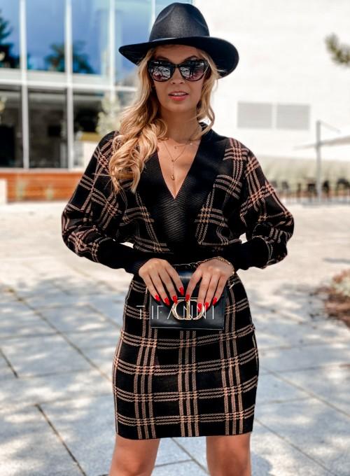 Dzianinowa sukienka Ximi czarna w karmelową kratę 4