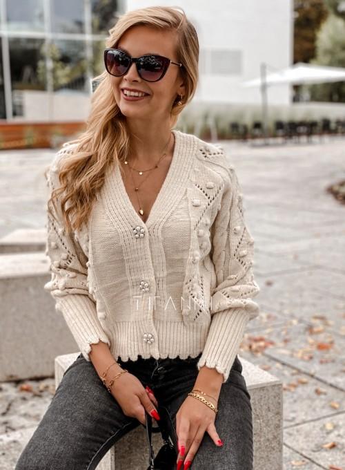 Sweter rozpinany z ozdobnymi guziczkami Carlen cream 6