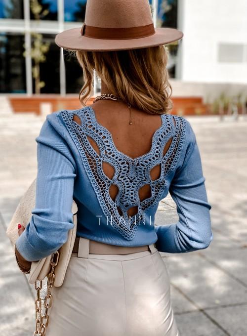 Bluzka Melis z ażurowym wzorem na plecach blue 2