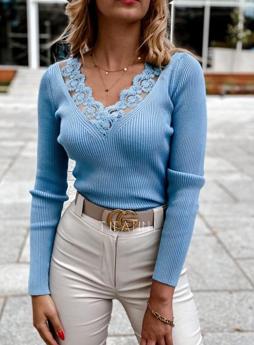 Bluzka z koronkowym dekoltem Tiara blue 1