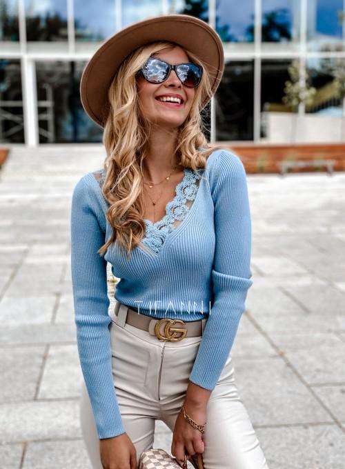 Bluzka z koronkowym dekoltem Tiara blue 2