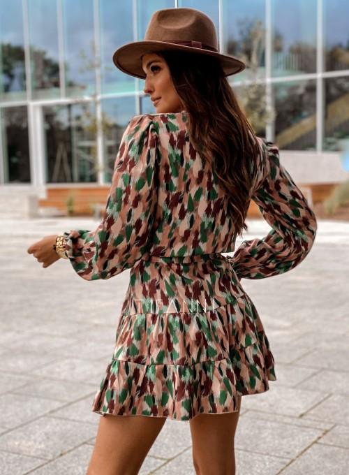 Sukienka Xami z guziczkami na dekolcie 3