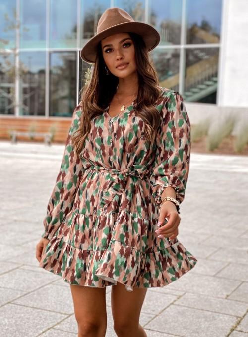 Sukienka Xami z guziczkami na dekolcie 4