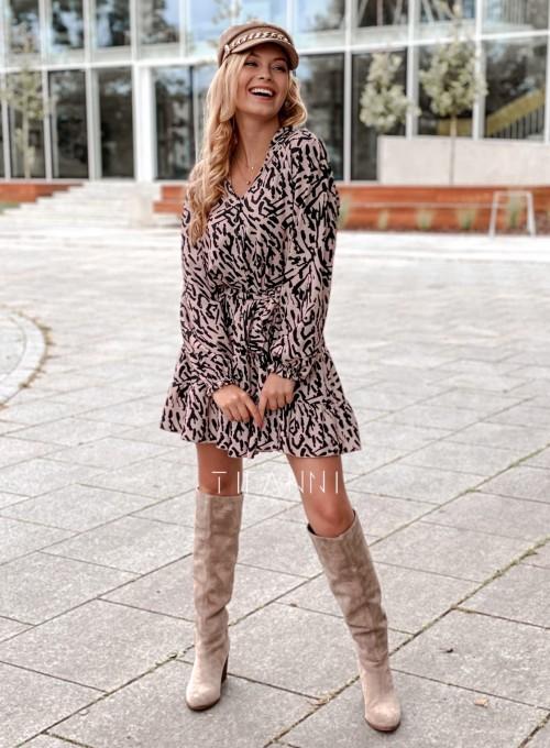 Sukienka Xami z guziczkami na dekolcie II 2
