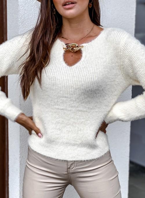 Sweter z ozdobnym łańcuszkiem Loretto śmietankowy 1