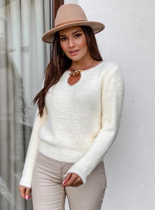 Sweter z ozdobnym łańcuszkiem Loretto śmietankowy 2
