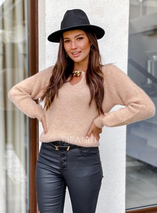 Sweter z ozdobnym łańcuszkiem Loretto beżowy 3
