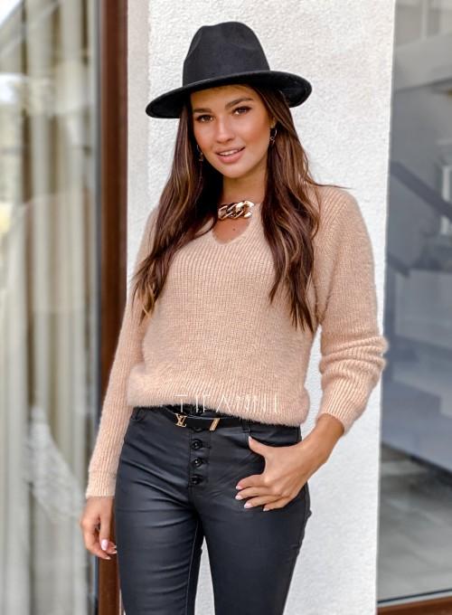 Sweter z ozdobnym łańcuszkiem Loretto beżowy 4