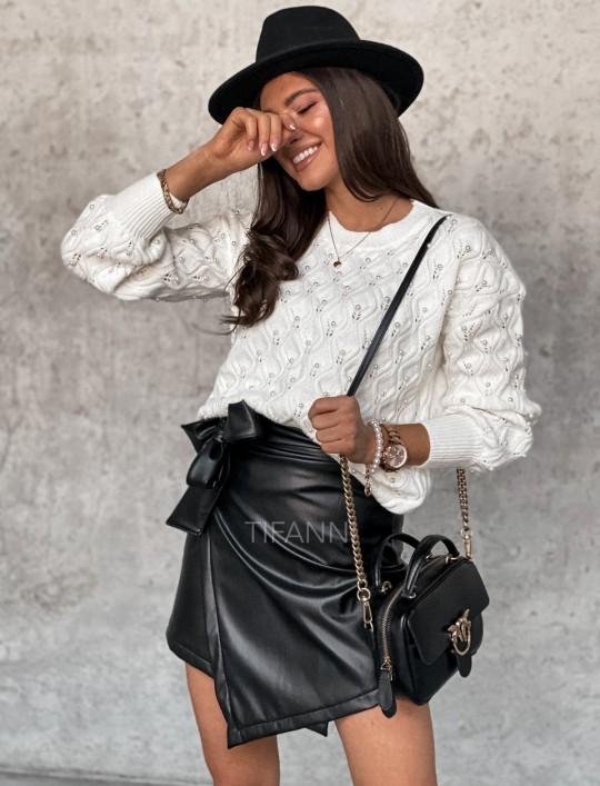 Sweter Pearl white