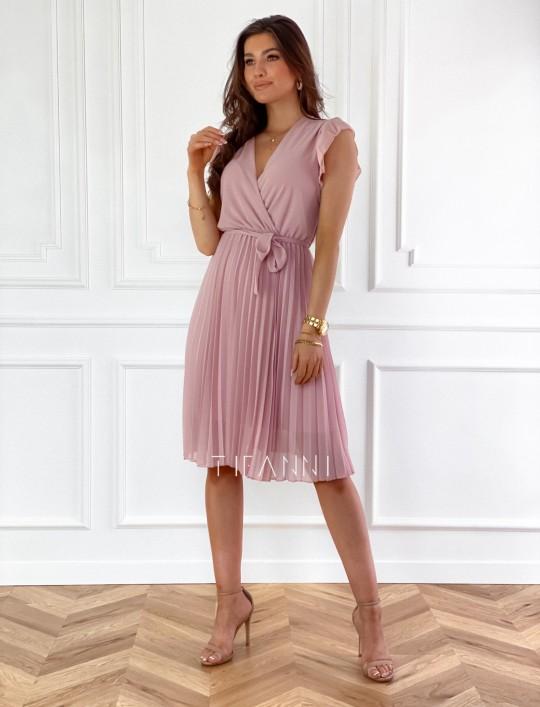 Zwiewna plisowana sukienka w kolorze pudrowym
