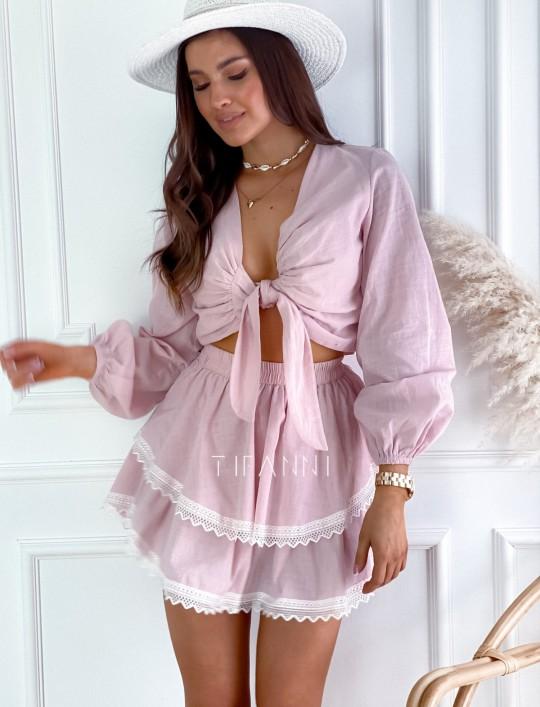 Komplet bluzka spódnica Vogue pudrowy